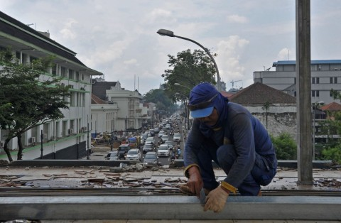 JPO Asia Afrika Belum Berfungsi, Emil Marahi Kadisbudpar