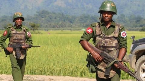 Tentara Myanmar Tembak Mati 25 Warga Rohingya