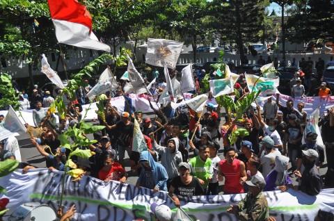 500 Petani Tembakau Jateng Berangkat ke Jakarta