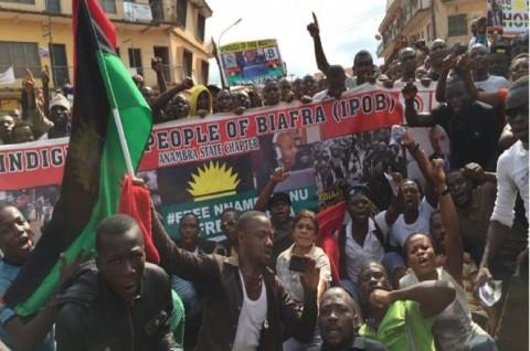 Pasukan Nigeria Bunuh 150 Pengunjuk Rasa Pro Separatisme