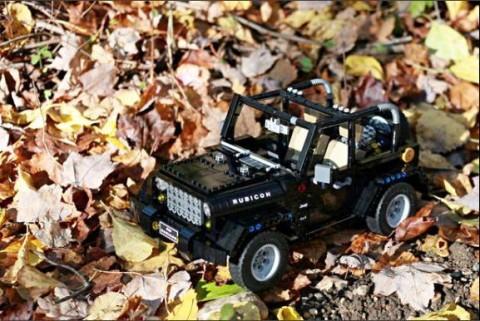 'Jeep Wrangler' Ini Terbuat dari Plastik