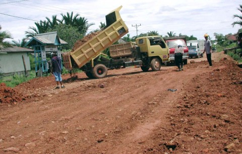 BBJN: Kalimantan Terkoneksi Jalur Darat pada 2019