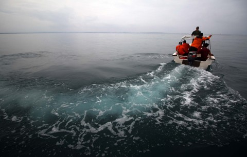 Pencarian Nelayan Hilang Terkendala Cuaca Buruk