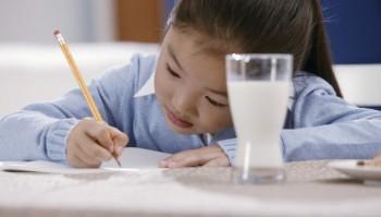 Tips Agar Anak Lebih Kuat di Tengah Padatnya Aktivitas Sekolah