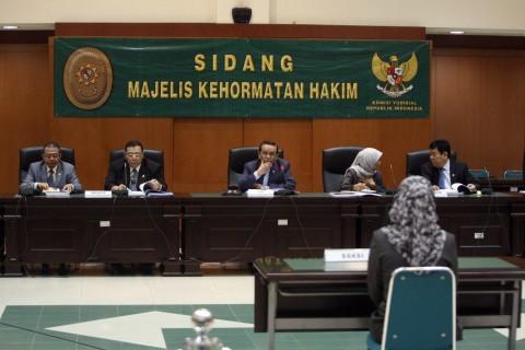 Hakim Punya Standar Etika Lebih Tinggi