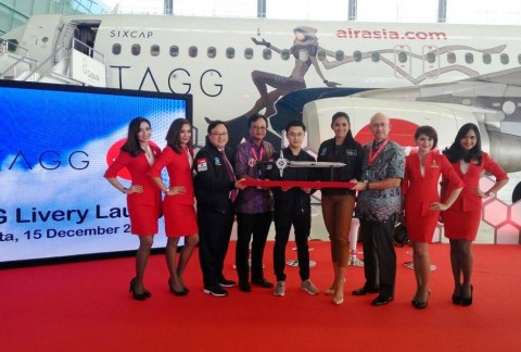 AirAsia Indonesia Gandeng SIXCAP Luncurkan Livery TAGG