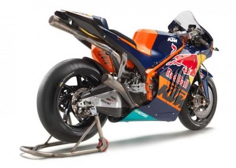 Motor MotoGP KTM Versi Jalan Raya Segera Meluncur