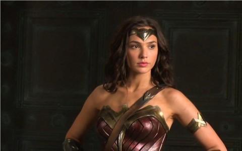 Gal Gadot Protes Penghentian Kampanye PBB dengan Ikon Wonder Woman