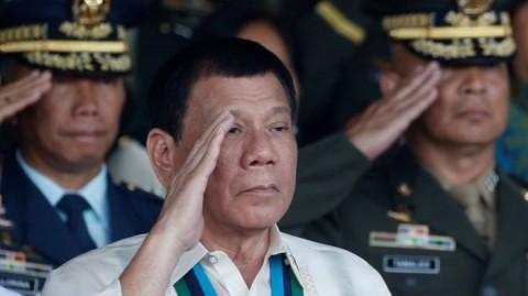 Duterte Ancam Lempar Koruptor dari Helikopter