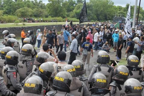 Eksekusi Lahan di Denpasar Diwarnai Bentrokan