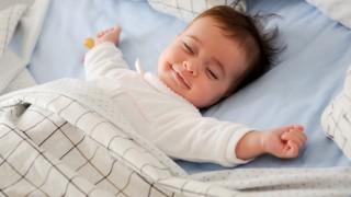 Ini Pedoman Waktu Tidur Bayi
