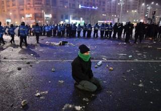 Rakyat Rumania Protes Dekrit Korupsi
