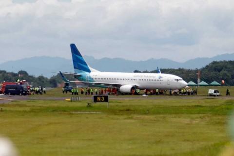 Pesawat Garuda Tergelincir Berhasil Dievakuasi