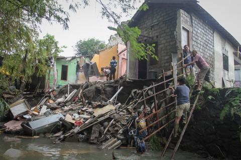Empat Rumah di Solo Ambrol Tergerus Arus Sungai