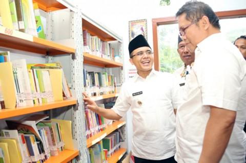 Perpustakaan Sekolah di Banyuwangi Kini Terbuka untuk Umum