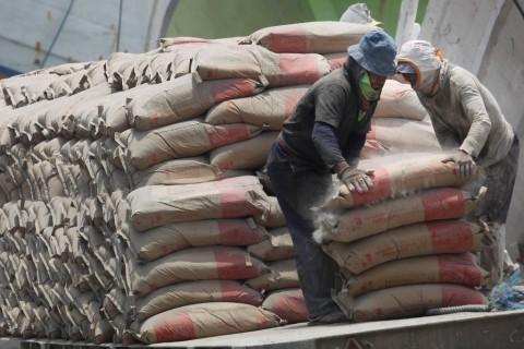 Jokowi: Penurunan Harga Semen di Papua Belum Berhasil