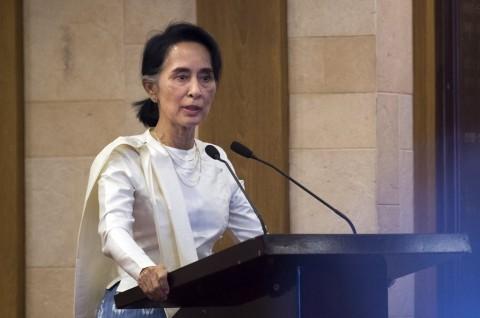 Suu Kyi Sebut Pengacara Muslim yang Dibunuh adalah Seorang Martir