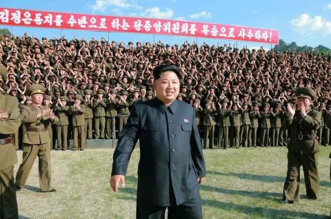 Kim Jong-un Sebut Misilnya Meluncur Indah Seperti Tim Akrobat