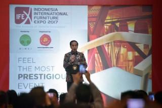Presiden Buka Pameran Furniture Internasional Indonesia