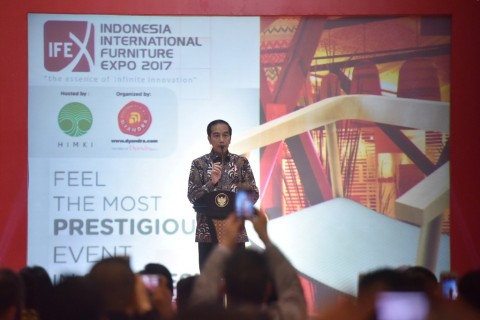 Jokowi Buka Pameran Furniture International Indonesia 2017