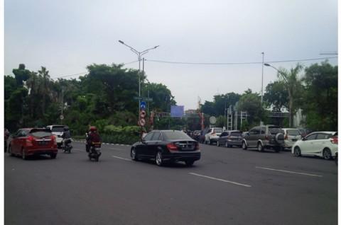 Pemberian Karcis di Zona Parkir Surabaya masih Manual