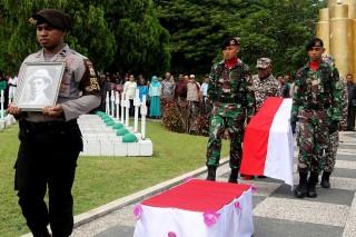 Jenazah Alexander Patty Dimakamkan di Ambon