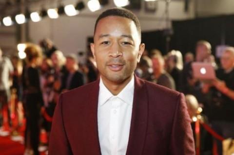 John Legend Beri Kejutan dengan Tampil di Stasiun London