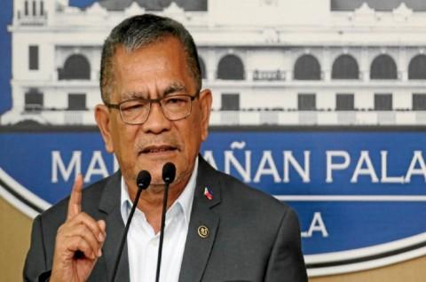 Duterte Pecat Mendagri Filipina atas Tuduhan Korupsi