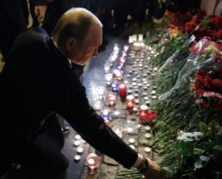 Ledakan Rusia Diduga Terkait Kunjungan Putin ke Saint Petersburg