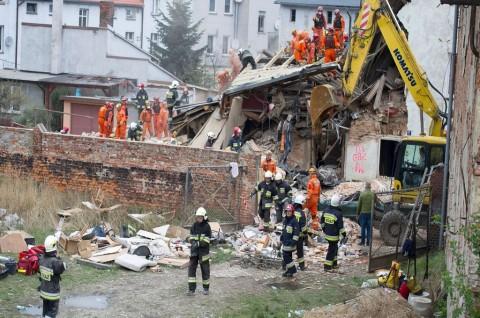 Apartemen di Polandia Roboh, Enam Orang Tewas