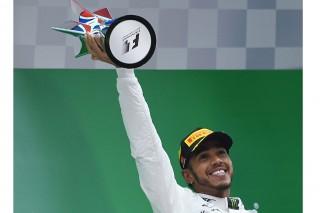 Hamilton Raih Trofi Kelima GP Tiongkok