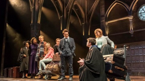 Pertunjukkan Teater Harry Potter Borong Penghargaan di Olivier Awards