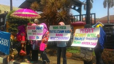 Aksi Solidaritas Buruh untuk Rekan yang Ditampar Perwira Polisi