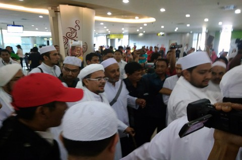 Penyambutan Rizieq Shihab di Surabaya Dikeluhkan