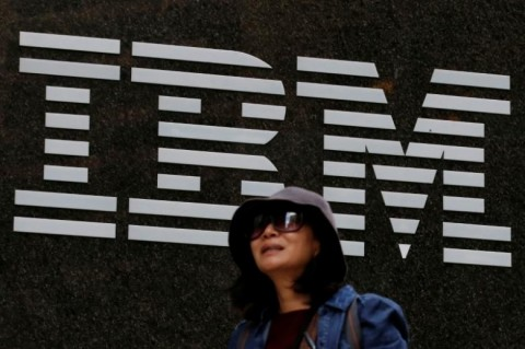 Bisnis Mandek, Saham IBM Turun