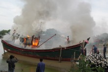 Kapal Pukat di Aceh Meledak, Tiga Nelayan jadi Korban