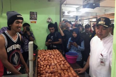 Bupati Tangerang Ajak Warga Belanja di Pasar Tradisional