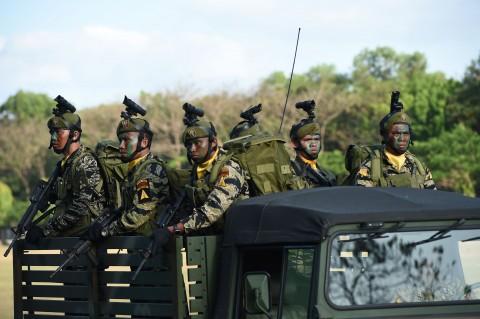 Militer Filipina Bunuh Empat Militan Abu Sayyaf