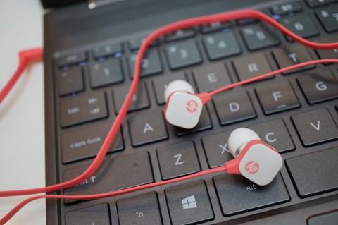 In-Ear Headset H2310, Earphone Terjangkau Lain dari HP