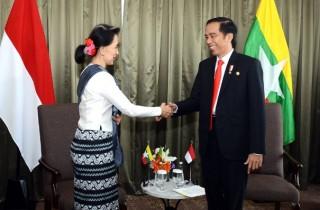 Jokowi dan Aung San Suu Kyi Bahas Pembangunan Masjid di Rakhine