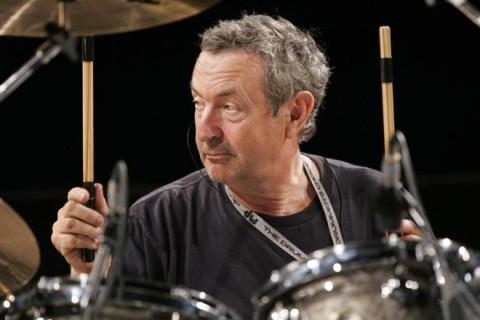 Drummer Pink Floyd Akan Mengiringi Harry Styles Manggung