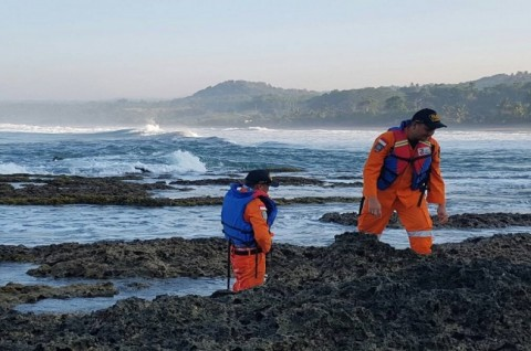 Satu Korban MTs Terseret Ombak Pantai Rancabuaya Ditemukan