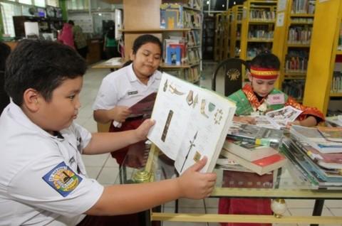 Sulit Menemukan Buku yang Sesuai Membuat Minat Baca Masyarakat Rendah