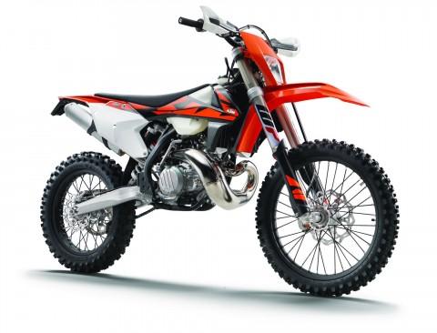 KTM EXC Series, Usung Mesin 2-Tak Berteknologi Injeksi