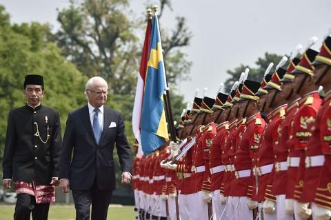 Jokowi Sambut Raja Swedia di Istana Bogor