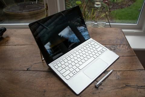 HP Spectre x2, Pesaing Anyar Microsoft Surface