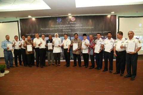 AirNav Teken MoU Pengelolaan Layanan Navigasi 28 Bandara di Indonesia