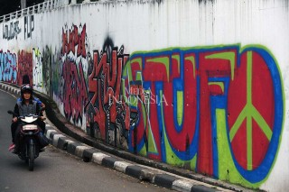 Vandalisme Rusak Keindahan Kota