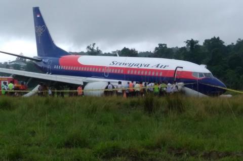 Pesawat Tergelincir di Manokwari Sudah Dipindahkan