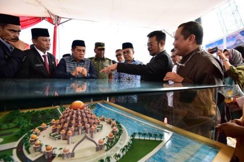 Masjid 99 Kubah di Lahan Reklamasi jadi <i>Landmark</i> Baru Makassar